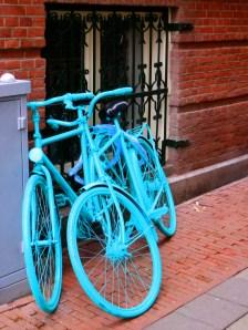 Nää pyörät ainakin huomattas! :) Mallia Amsterdam.